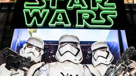 LIV-CLUB 星球大战主题派对《星球大战8》#星球大战 最后的绝地武士#感受星球大战般光影幻化~~~