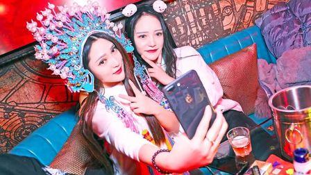 苏荷酒吧 #新春主题派对 #「 天蓬·来也 」  跨年派对  跨年盛典 新年第一秒就见到你,真好 精彩 回顾~~~