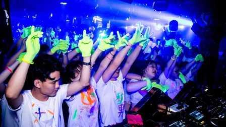 S2 Party Space丨2019.7.13 #荧光派对# 精彩回顾丨毫无忌惮 尽情释放另外一个自己