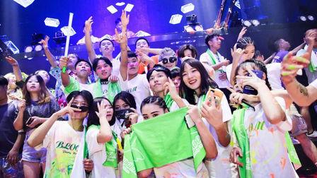 CLUB MIA长沙,荧光派对尺度福利将对没来的你造成真实伤害!