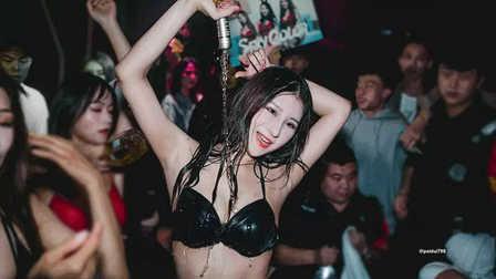 AC Night Club深圳  女色主义湿身诱惑主题派对